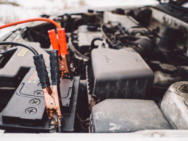車のバッテリーが上がってしまった時の対処法 ジャンプスタートの方法